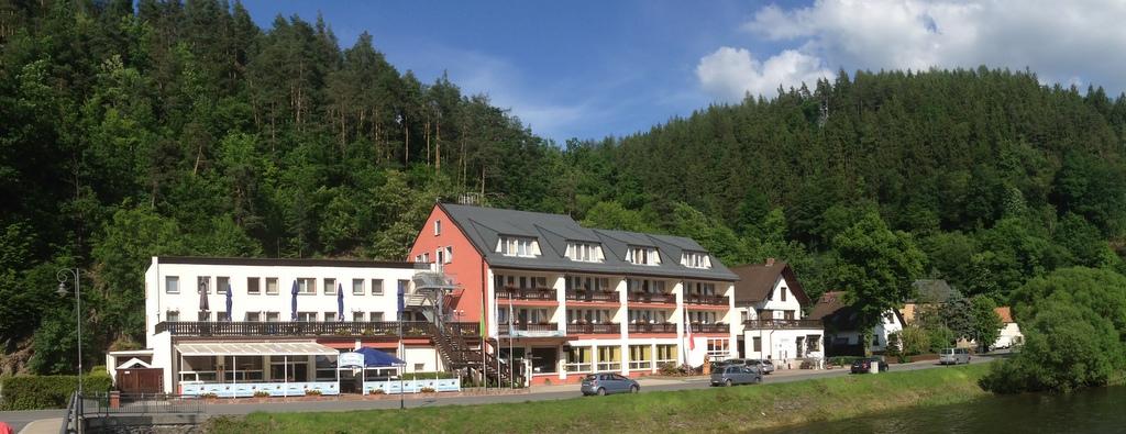 Hotel2406